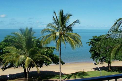 Hotellbilder: Beachfront Apartments on Trinity Beach, Trinity Beach