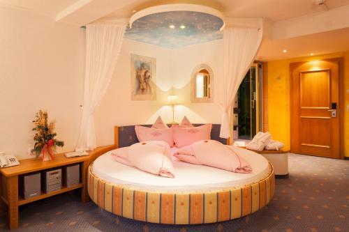 Foto Hotel: Hotel Bergkristall, Silbertal