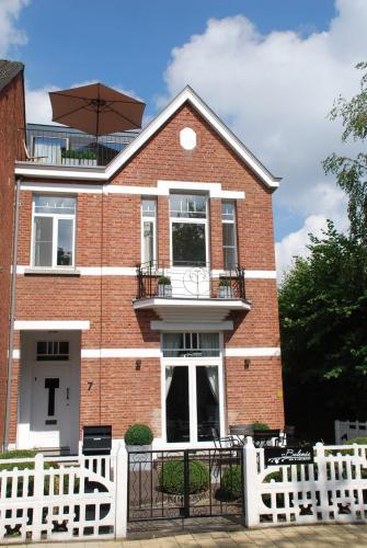 Zdjęcia hotelu: B&B Belrose Luxury, Geel