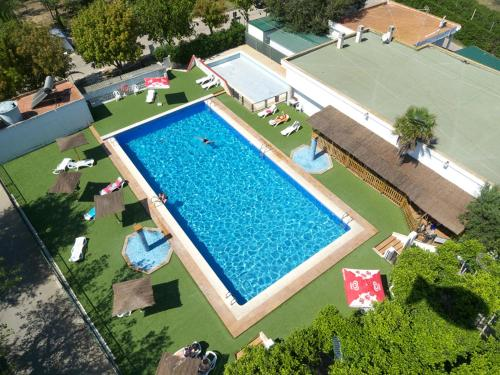 Hotel Pictures: Camping Coll Vert, Pinedo