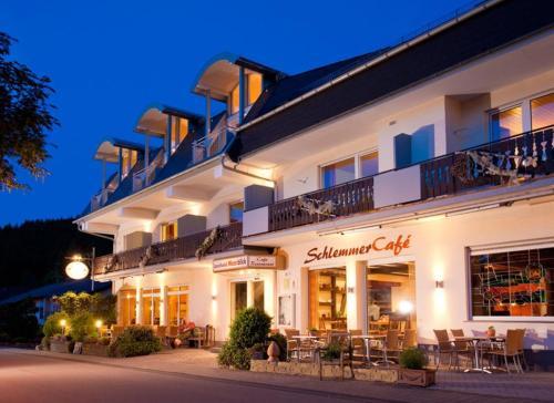 Hotel Pictures: , Meerfeld