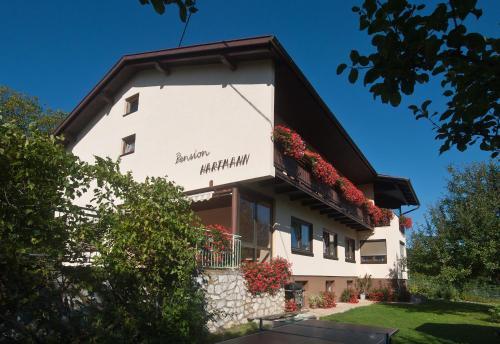 Foto Hotel: Pension Hartmann, Sankt Kanzian