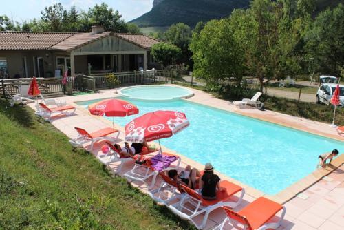 Hotel Pictures: , Saint-Georges-de-Luzençon