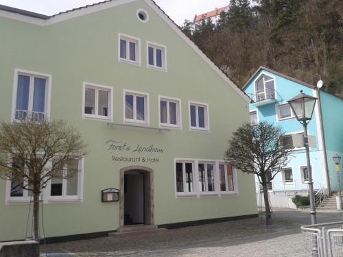 Hotel Pictures: Forst´s Landhaus, Riedenburg