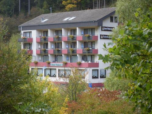 Hotel Pictures: Hotel-Restaurant Waldeck, Enzklösterle