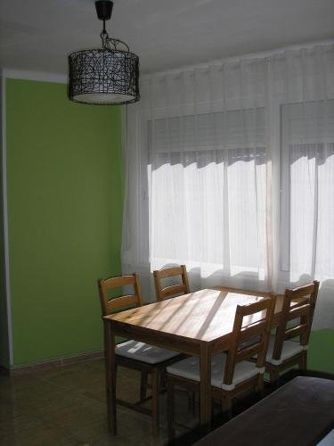 Hotel Pictures: Apartamento Mataró, Mataró