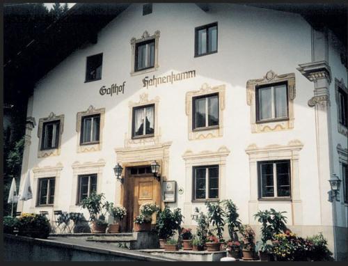 Foto Hotel: Gasthaus Hahnenkamm, Wängle