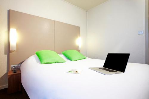 Hotel Pictures: , Bobigny