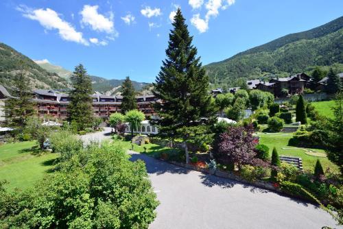 Hotel Pictures: Hotel Coma, Ordino