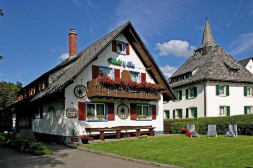 Titisee neustadt spa hotels and resorts - Lakeside swimming pool raymond terrace ...