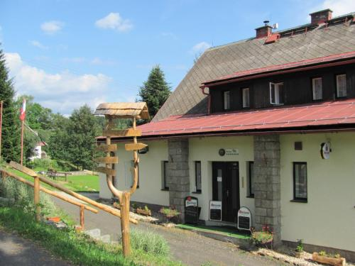 Hotel Pictures: , Jestrabi V Krkonosich