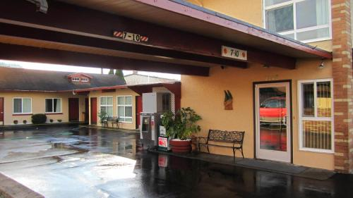 Fir Grove Motel