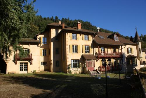 Hotel Pictures: , Saint-Forgeux