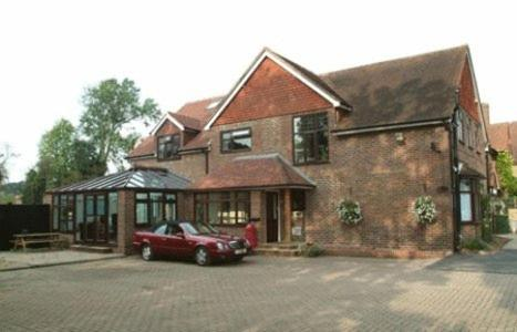Hotel Pictures: Gatwick House, Horley