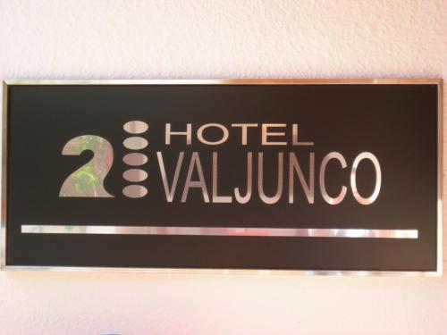Hotel Pictures: , Valencia de Don Juan