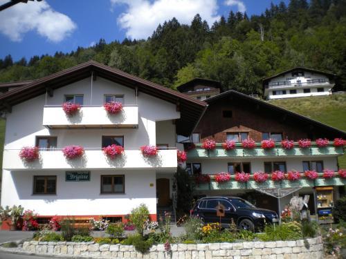 Photos de l'hôtel: Hotel Garni Brigitte, Bürserberg