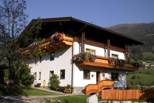 Hotellikuvia: Pension Kristall, Bramberg am Wildkogel