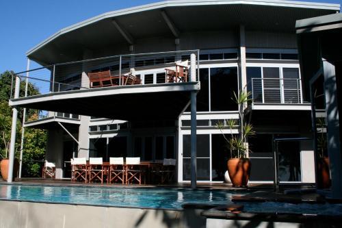 Foto Hotel: Absolute Beach House, Newell Beach