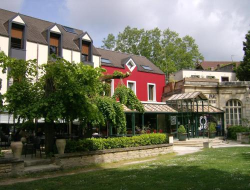 Hotel Pictures: Hôtel Restaurant Du Parc de la Colombière, Dijon