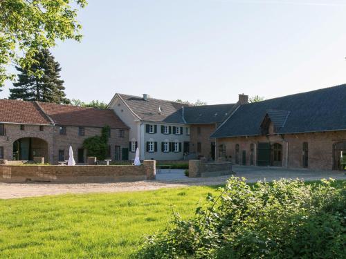 Hotel Pictures: Gut Hohenholz, Bedburg