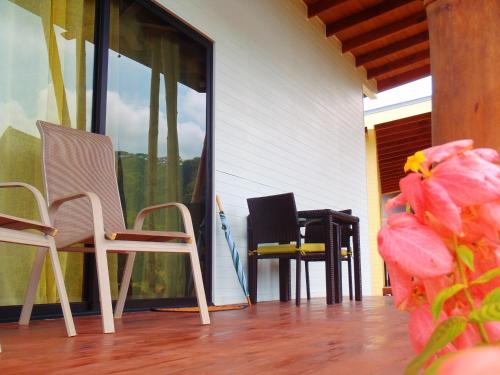 Hotel Pictures: Eden Tica Lodge, Uvita