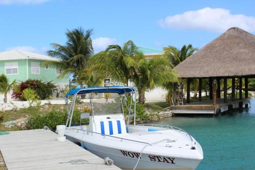 Hotel Pictures: Royal Palm Island Resort, Belize City