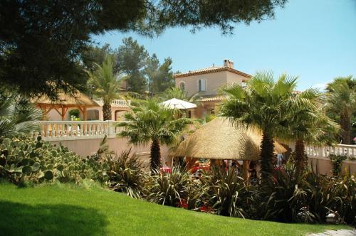 Hotel Pictures: La Palmeraie des Calanques, Ensuès-la-Redonne