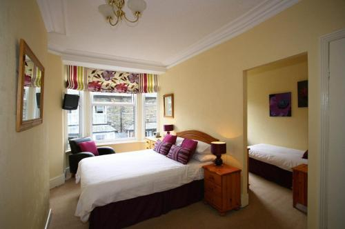 Hotel Pictures: Claremont House, Ambleside