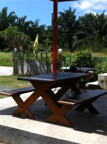 Palm Hill Resort