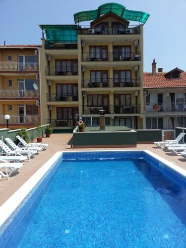 Zdjęcia hotelu: Guest House Kostadinovi, Rawda
