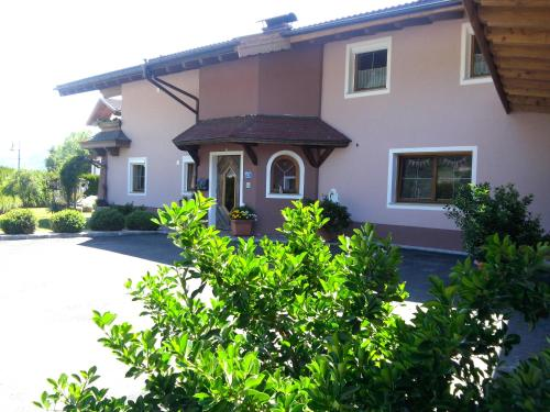 Hotel Pictures: Appartement Ebster-Prosch, Uderns