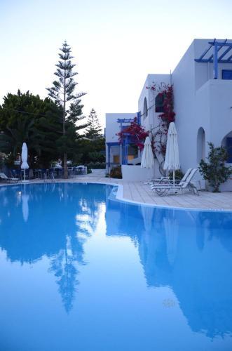 A piscina localizada em Hippocampus Hotel ou nos arredores
