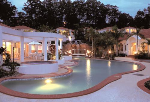 Royal Woods Resort