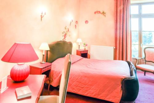 Hotel Pictures: , La Ville-aux-Clercs