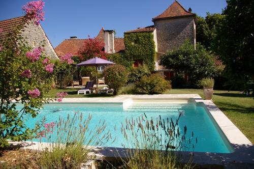 Hotel Pictures: Chambres d'Hôtes Clos du Mas de Bastide, Crayssac