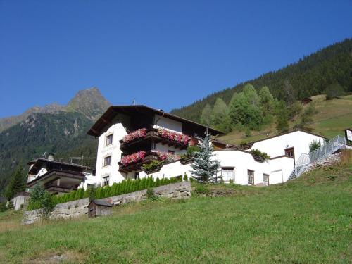 Hotellbilder: Haus Helga, Kappl