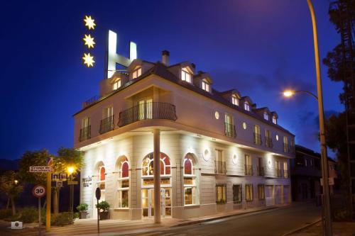 Hotel Pictures: , Granja de Rocamora