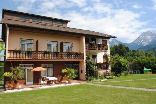 Fotos de l'hotel: Ferienhaus Michor, Latschach ober dem Faakersee