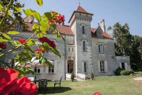 Hotel Pictures: , Saint-Fort-sur-Gironde