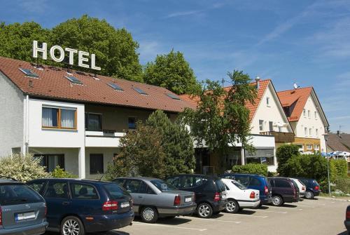Hotel Pictures: Landhotel Gasthof am Berg, Temmenhausen