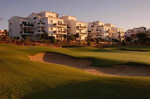 Pine Cliffs Village & Golf Suites