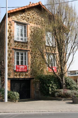 Hotel Pictures: Villa Liberté, Villejuif