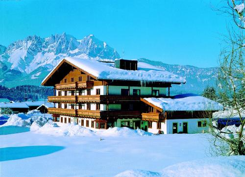 Fotos do Hotel: Kaiserhotel Kitzbühler Alpen, Oberndorf in Tirol