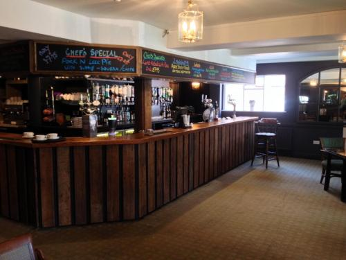 Hotel Pictures: Templars Hotel and Carvery, Baldock