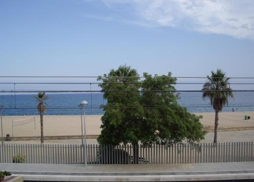 Hotel Pictures: Primera Linea de Mar, Canet de Mar
