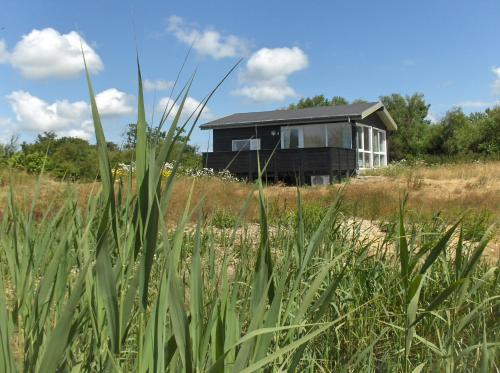 Hotel Pictures: Axelgaard Holiday Home, Hennebjerg