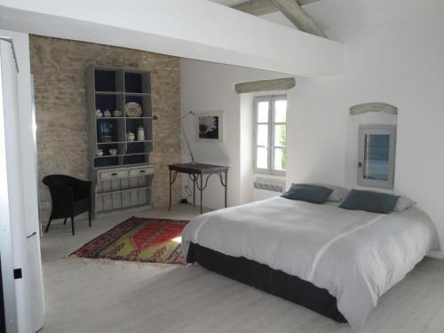 Provence Secrète-Maison Provencale de Hameau