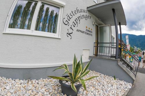 酒店图片: Gästehaus Krappinger/Pizzeria Mamma Mia, 奥西阿赫