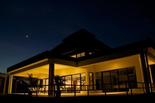 Hotel Pictures: Sapphire Bay Fiji, Viseisei
