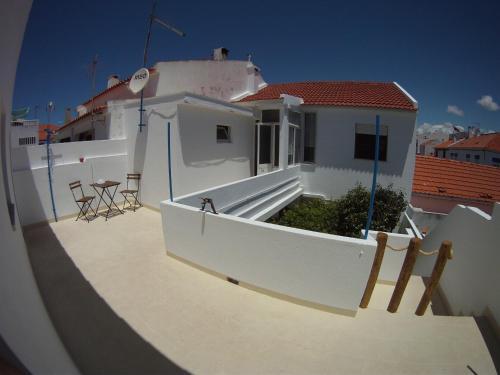 Ahoy Porto Covo Hostel